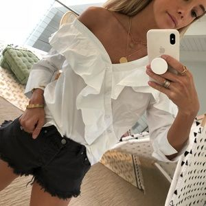 Tops - Pretty white blouse!